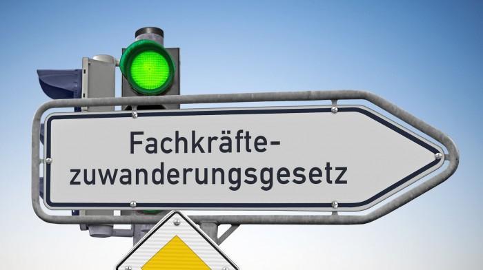 News! Fachkräfte-Zuwanderungsgesetz - NEU